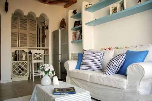 清新54平地中海风格一居室客厅装修效果图
