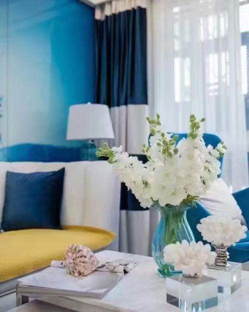 地中海风格二居室客厅背景墙装修效果图欣赏