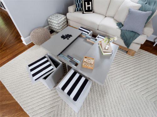 地中海风格三居室客厅沙发装修图片