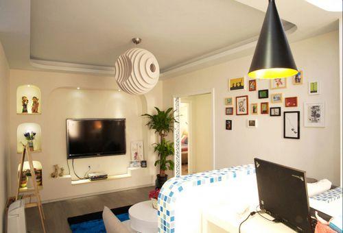 地中海风格三居室客厅吊顶装修效果图欣赏