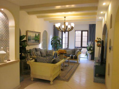 地中海风格二居室客厅吊顶装修效果图