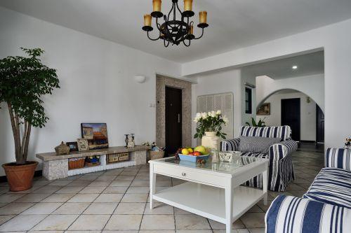 地中海风格三居室客厅装修效果图
