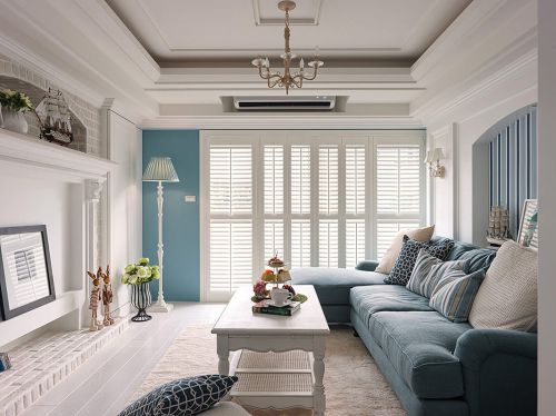 浪漫地中海风格蓝色客厅沙发装修图片