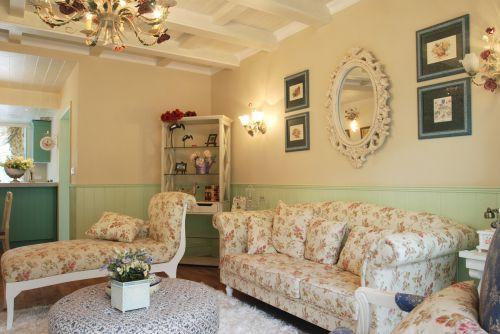 地中海风格俏皮绿色客厅装修实景图