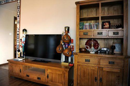 混搭风格二居室客厅电视柜装修效果图
