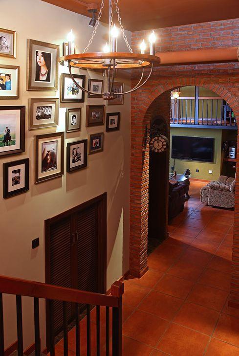 混搭风格二居室客厅楼梯装修效果图