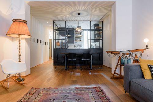 文艺气质混搭风格客厅灯具装修设计