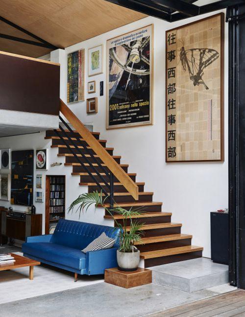 复古混搭别墅客厅楼梯装修效果图