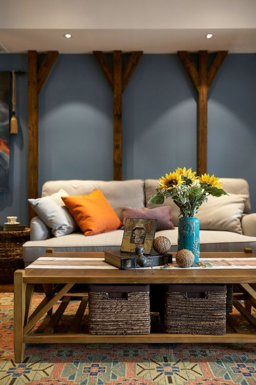 温暖蓝色客厅背景墙混搭风格装修图片