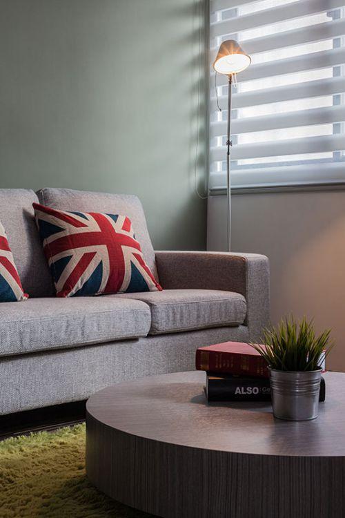 家装美式风格客厅灯具装修案例