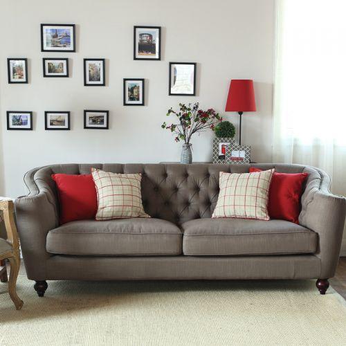 美式风格简洁大气客厅照片墙装修实景图