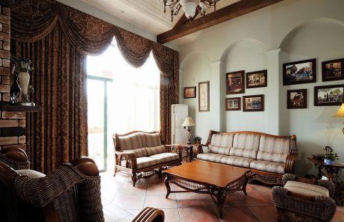 三居室美式客厅花纹窗帘效果图