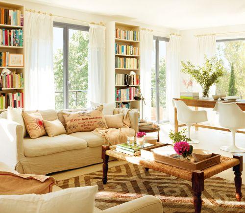 米色温馨美式风格客厅书架装修效果图