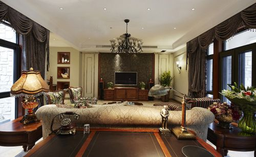 美式风格四居室客厅影视墙装修图片