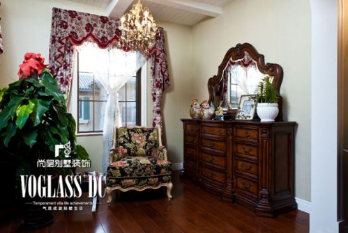 美式新古典五居室客厅装修图片欣赏