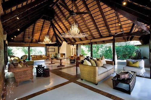 异域藤木风的东南亚家居客厅装修效果图