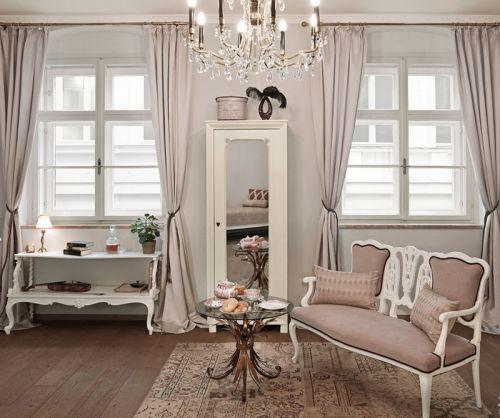 粉色米色欧美古典客厅窗帘效果图