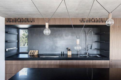 黑色钢吊灯饰现代厨房装修效果图