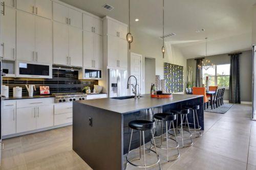 现代风格开放厨房舒适吧台装修设计图