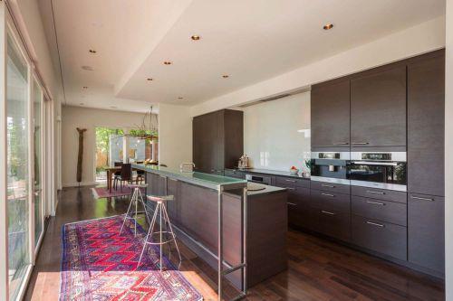 文雅温情现代风格厨房橱柜装修实景图