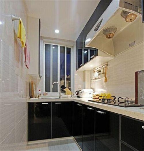 现代简约三居室厨房装修效果图大全