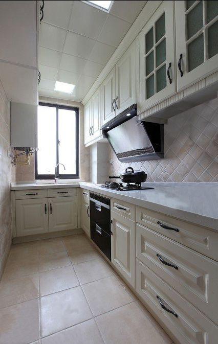 现代简约一居室厨房装修图片
