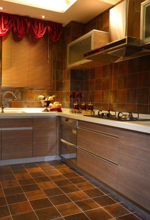 大气奢华现代风格原木色厨房柜子效果图