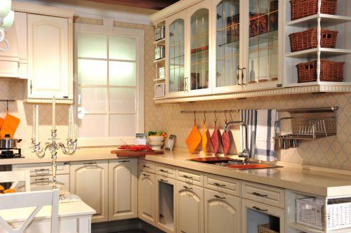 三室两厅白色现代简约厨房效果图