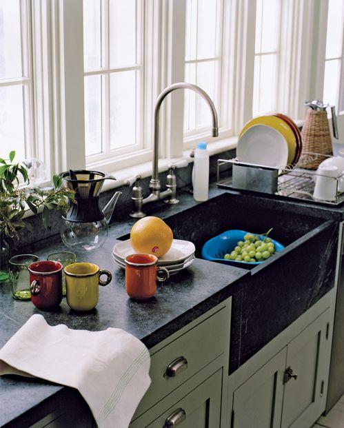简约现代厨房水槽装修效果图