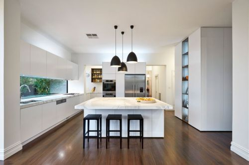 时尚简练现代风格厨房吧台装修图片