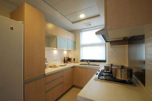 现代简约二居室厨房装修图片