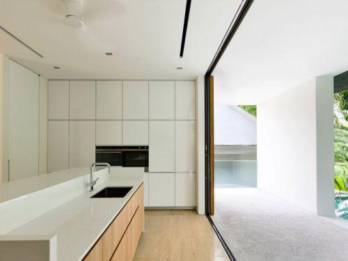 现代风格简洁实用白色厨房装修实景图