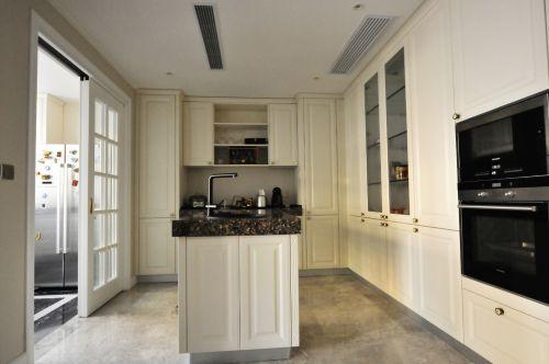 温馨整洁现代风格厨房装修实景图