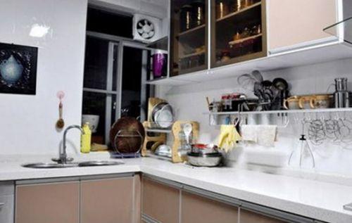 现代奢华四居室厨房储物柜梳妆台装修效果图大全