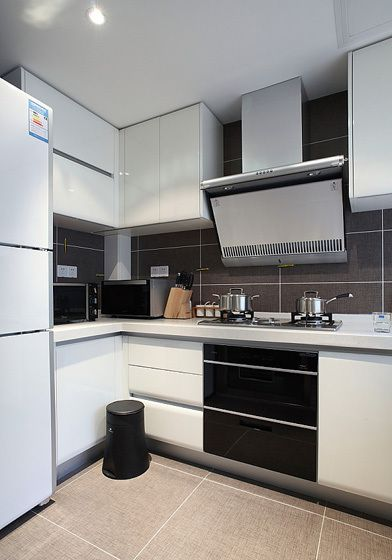 现代简约二居室厨房灶台装修效果图大全