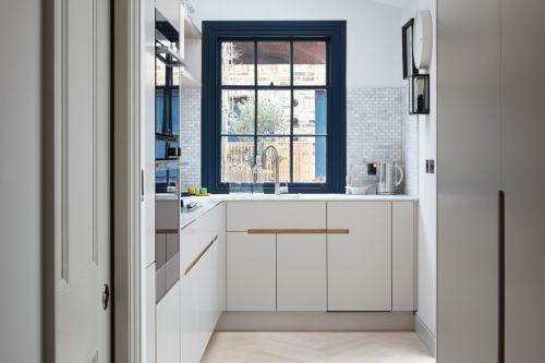 时尚简约现代风格厨房装修图片