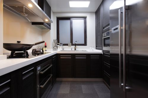 现代简约风格厨房橱柜装修实景图