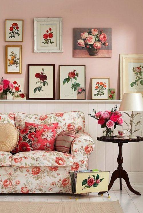 甜美可人韩式风格客厅照片墙实景图