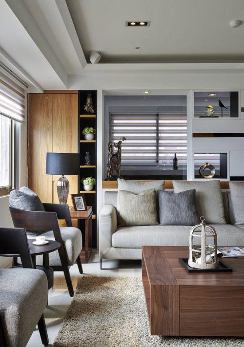 现代日式风格客厅沙发装修实景图