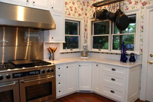 简欧风格三居室雅致厨房装修效果图