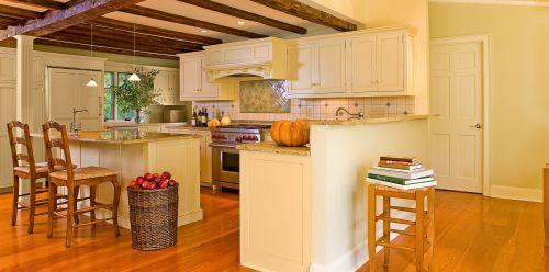 黄色简欧开放式厨房装修效果图