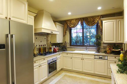 优雅经典简欧风格白色厨房装修设计图