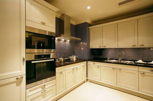 简欧风格二居室厨房灯具装修图片