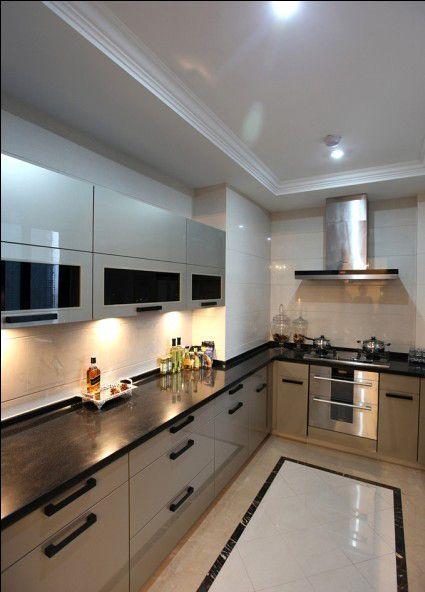 简欧风格四居室厨房橱柜装修效果图欣赏