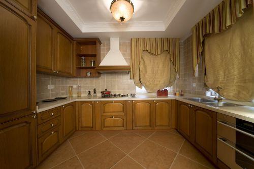 简欧风格四居室厨房灯具装修效果图