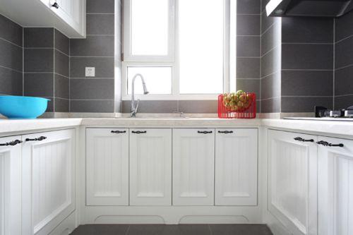简欧风格一居室厨房橱柜装修图片