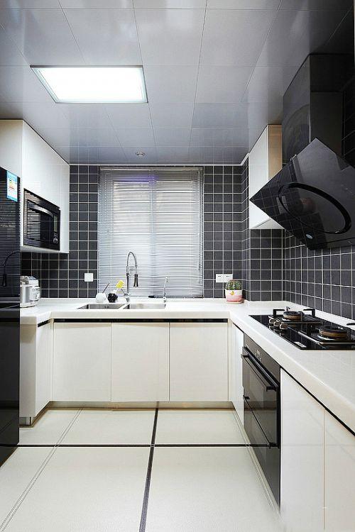 现代简欧三居室厨房装修图片欣赏