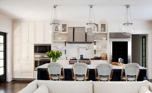 简欧风格吧台式厨房装修设计