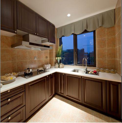 中式风格厨房原木色橱柜装修设计