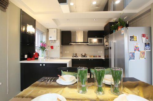 中式风格三居室厨房灯具装修图片